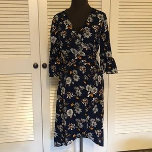 Dresses & Skirts - Navy Print wrap dress